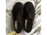 Black slip on Vans size 5