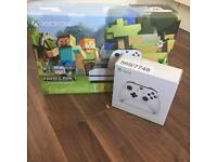 Xbox One S 500GB Minecraft+ extra controller BN&S