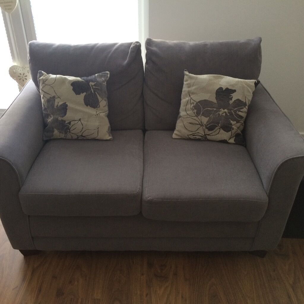Grey 2 and 3 seater sofas for sale in edinburgh gumtree for Gray sofas for sale