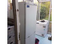 Free Old Fridge Working RESERVED