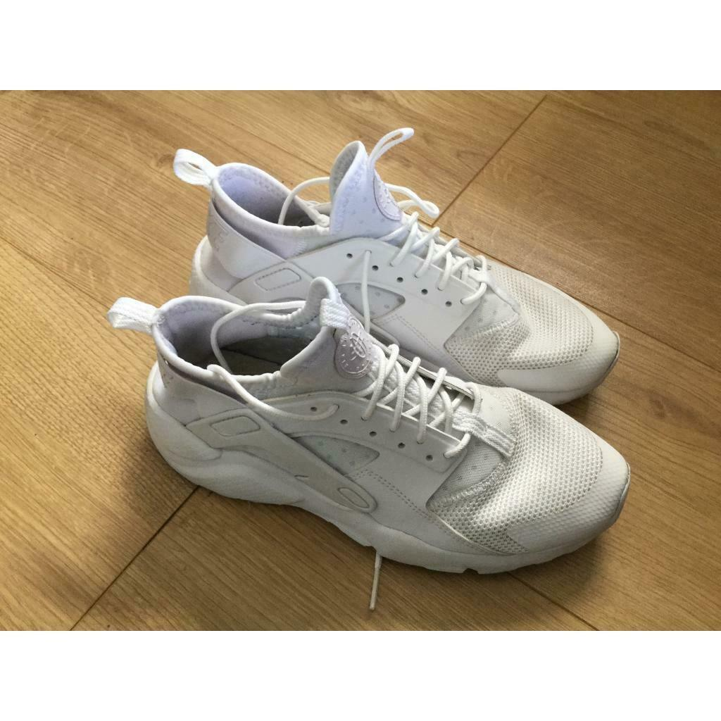 Men's White Trainers size 6   in