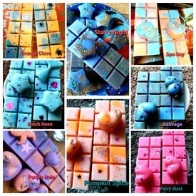 100% soy wax melts, long lasting scent plus a free gift