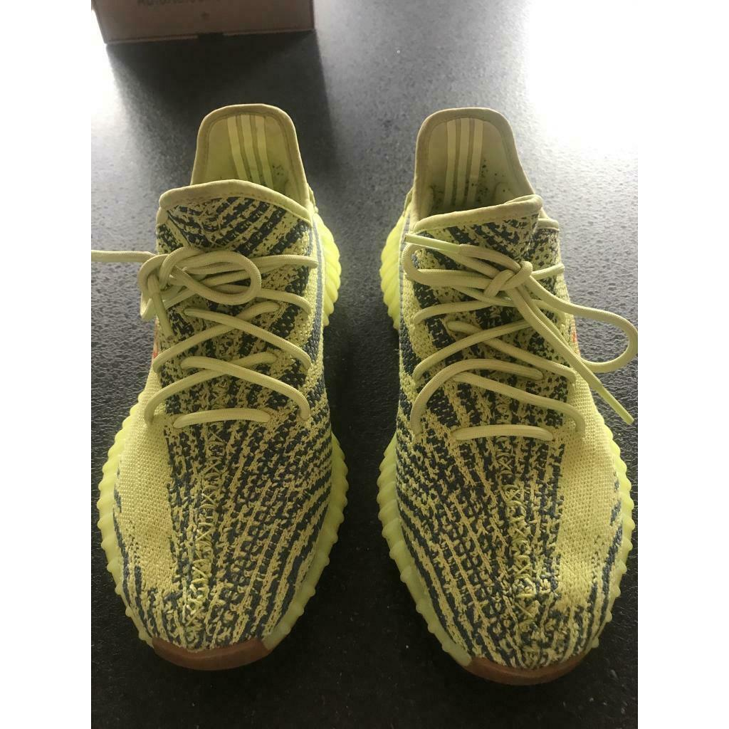 Size 8.5 Uk Frozen Yellow Yeezy boost 350 v2 i Wroughton, WiltshireGumtree i Wroughton, Wiltshire Gumtree