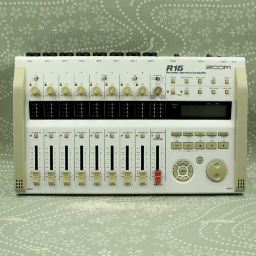 Zoom R16 Digital Multi Recorder Interface Controller (048829)