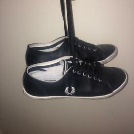 426fcf6868 Fred Perry lace up black trainer shoes UK 6