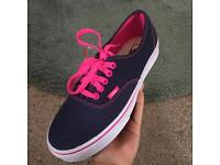 Gorgeous VANS brand new