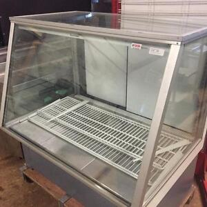 Refrigerated Show Case - Reconditioned - Coldstream