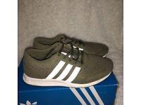Adidas womens original green trainers size 4