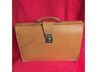 Tan Papworth Everard Bridle Hide Document Case '86'