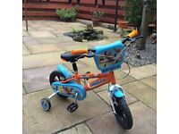 Toddlers Planes bike with stabilisers.