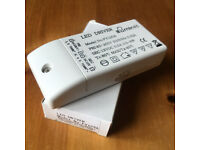 NEW illumin8 LED drivers. Model no. FY125A. Happy to post. £3 ovno each, 66 available.