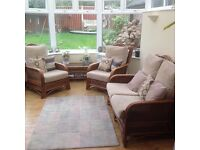 Conservatory furniture set in excellent condition