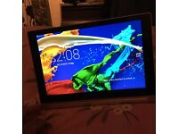 I am selling my immaculate Lenovo yoga 2 tablet which has 10,inch screen