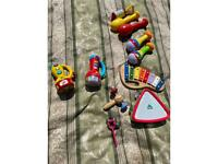 Assorted v tech and children's musical toys