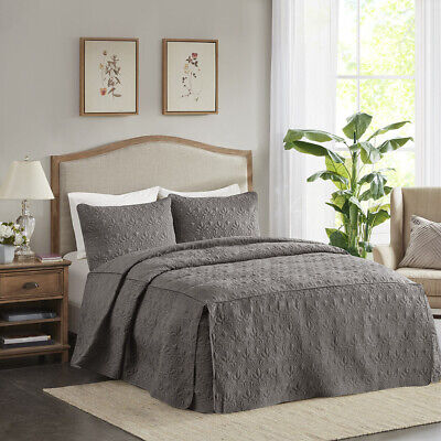 Madison Park Quebec 3 Piece Fitted Bedspread Set