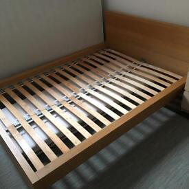 IKEA OAK KINGSIZE Bed frame - Great Condition