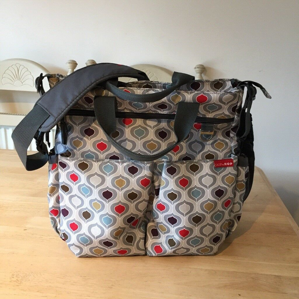 Excellent condition, hardly used! Skip Hop Duo Signature Changing Bag, Pod Multi