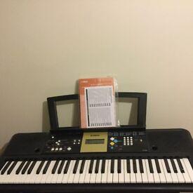 Yamaha Keyboard 220