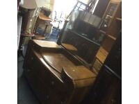 Vintage e dressing table