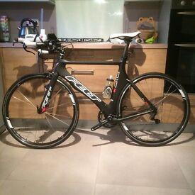 Felt B16 Triathlon Bike