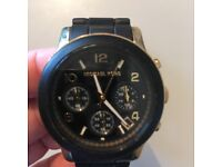 Ladies Michael kors watch, very good condition wrist 13/14 cm