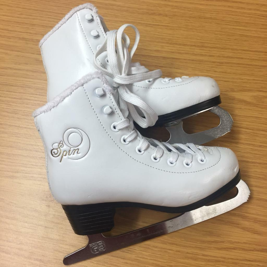Spin Figure Ice Skate White Size US 1 / EUR 32