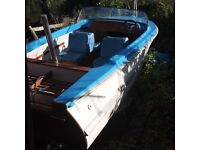 Classic speedboat/family/fishing. New wood and paint. Good trailer