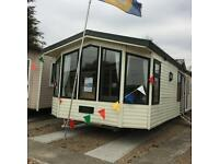 Luxury 2 bedroom holiday home, choice of pitch at Coopers Beach! Co5 8tn
