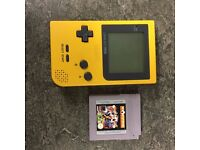 Gameboy Pocket Yellow & Soccer Game