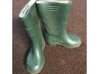 Boys Green Wellies - Size 12