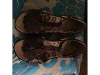 Clarks Active Air Sandals Size 4D