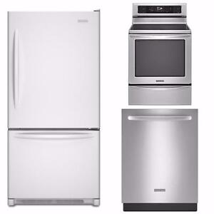 Combo: Refrigerator, Stove and Diswasher, KitchenAid