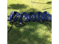5 Bluewave life jackets.