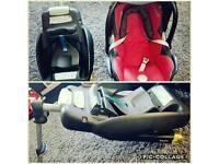 Maxi cosi baby car seat with isofix base