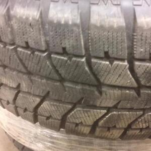 4 pneus d'hiver 225/60/16 Bridgestone Blizzak WS70