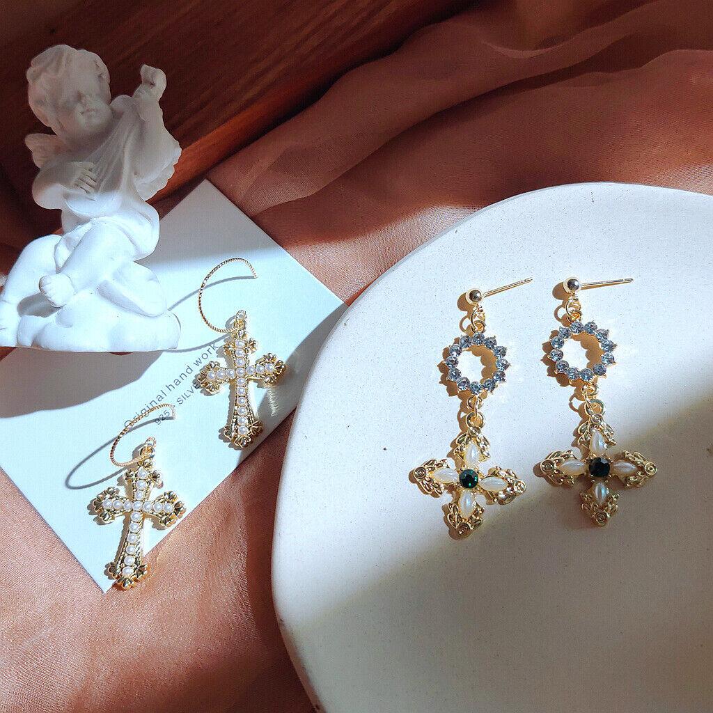 Barock  Originales Design Damen Ohrringe Kreuz mit Zikronia und Perlen Elegant
