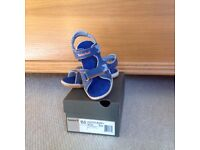Timberland childrens sandals Size 13/ EUR 32