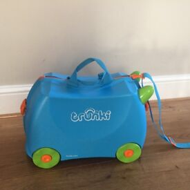 Kids Trunki Ride- on in Blue
