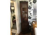 Quality Mahogany veneer corner display unit with drawer and lower cupboard