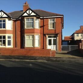 2 bed flat in St Annes