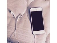 Latest Apple iPod Touch ( 6th Generation / 32 GB )