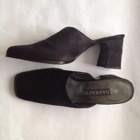 Women's Black Fabric Mule Shoes Size 6 (Eur 39)