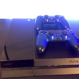 PlayStation 4 - 2 Controllers - 7 Games