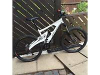 Marin downhill mountain bike full suspension mens