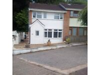 well presented 3 bedroom house with ample parking immediately available