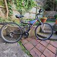 Spares or Repair - Medium Frame Mountain Bike
