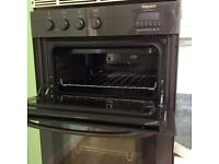 Hotpoint multifuntionon BD81 double oven in housing unit