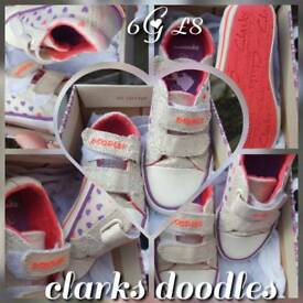 Clark shoes size 6G