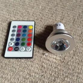 Colour change lightbulb and remote
