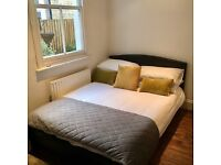 Comfy mattress and bed from Dreams- perfect condition